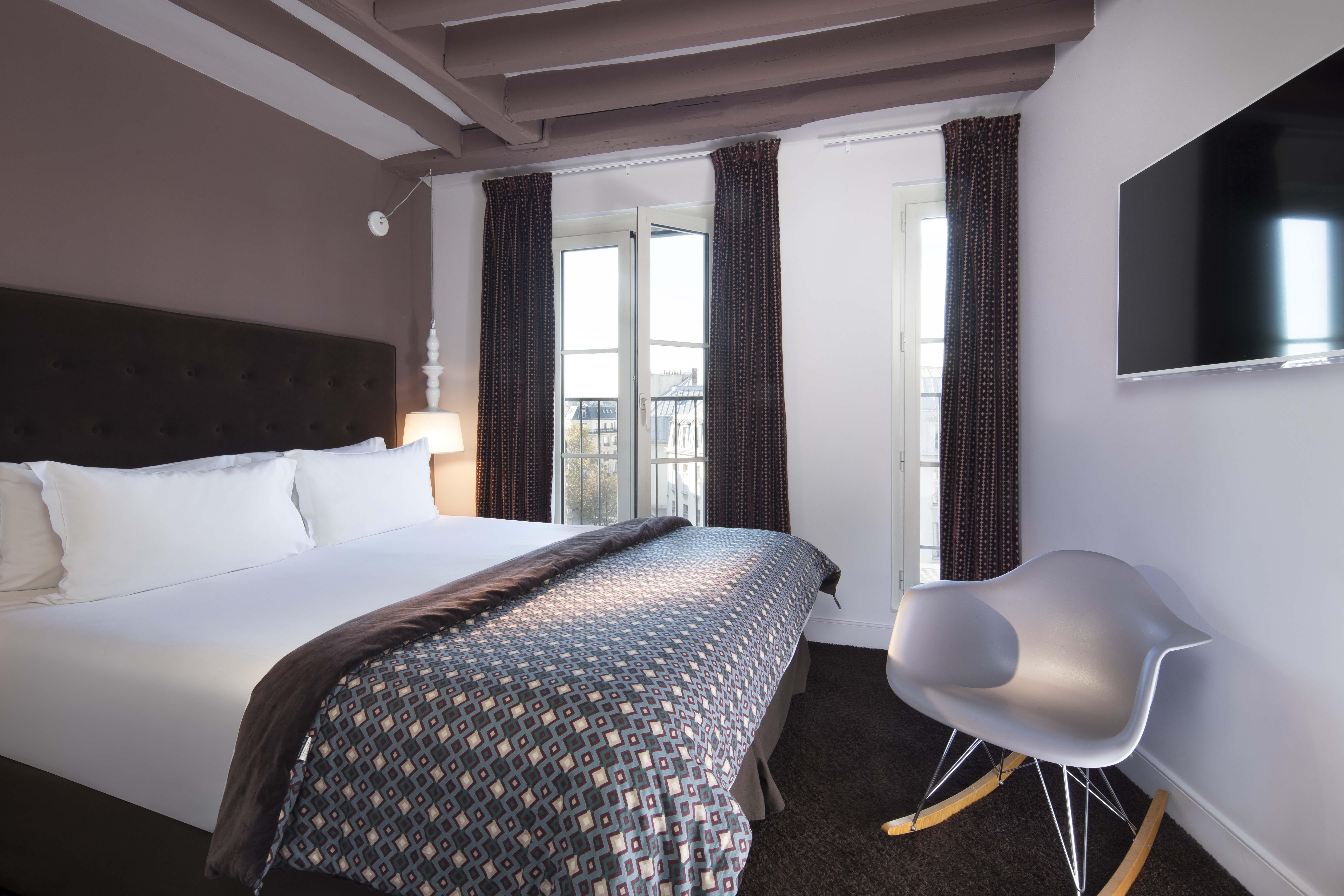 Hôtel marais hôme - paris a Paris