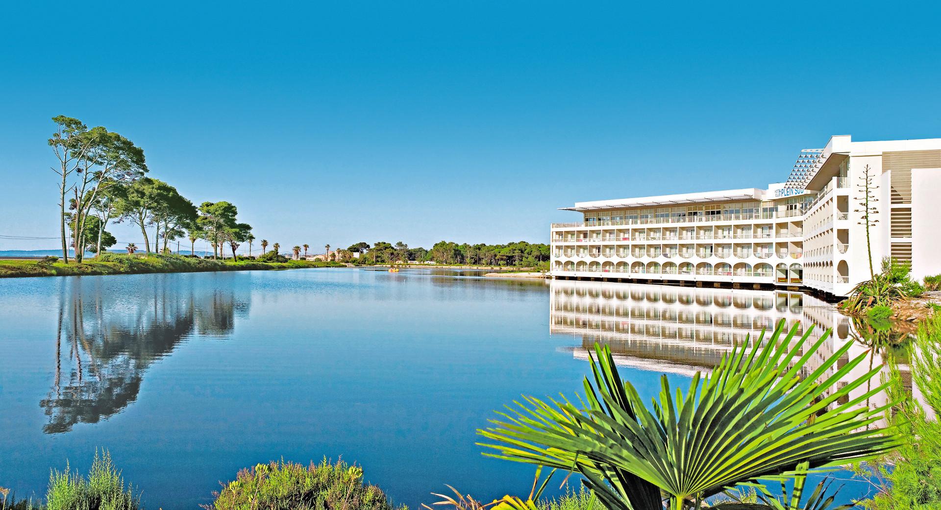 Hôtel et club vacances bleues - le plein sud à Hyeres