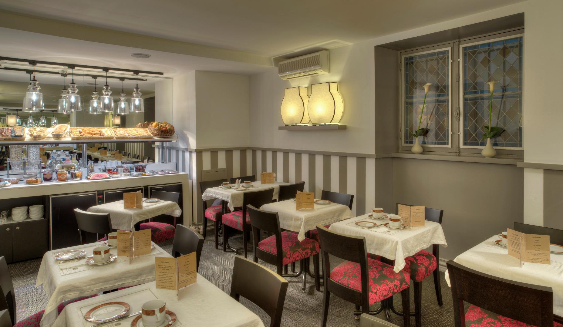 Premier Bordeaux  Hotel Bayonne Etche Ona à BORDEAUX