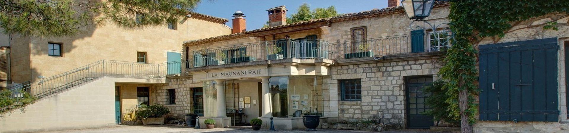 Najeti hôtel la magnaneraie a Villeneuve les avignon