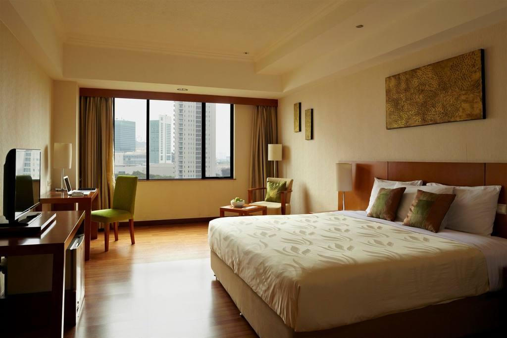 Century Park Hotel In Jakarta