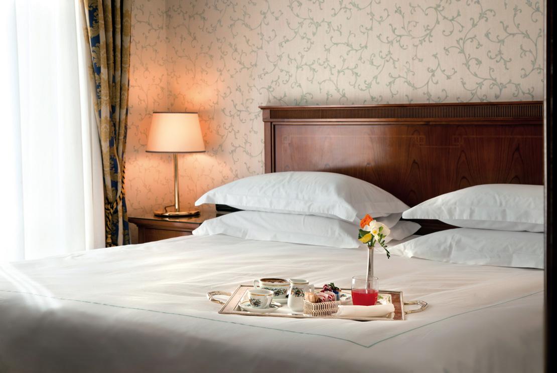 Grand Hotel Santa Lucia a Napoli - Prenotazione di un hotel lusso ...