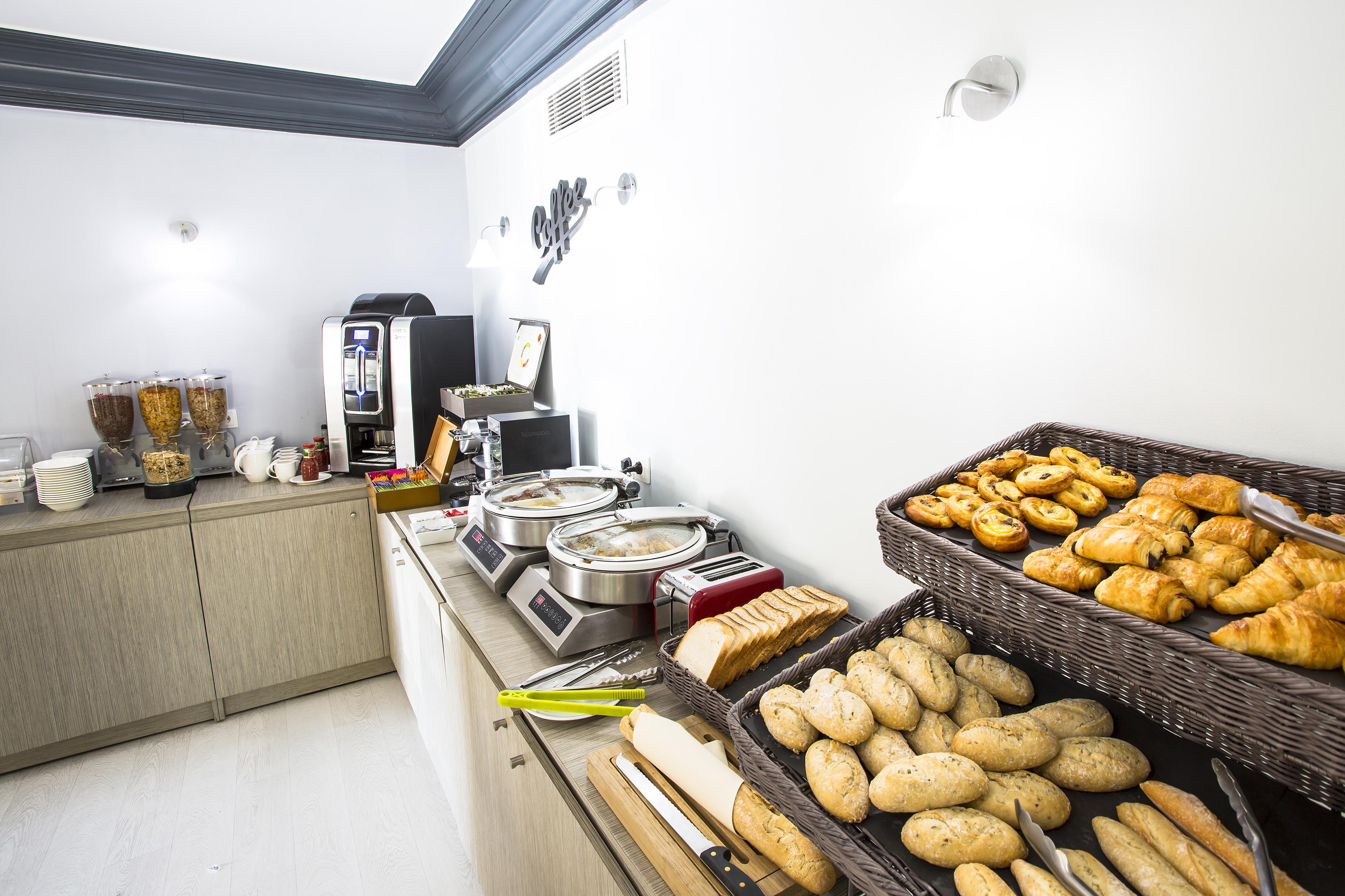 HOTEL CRISTAL - CANNES à